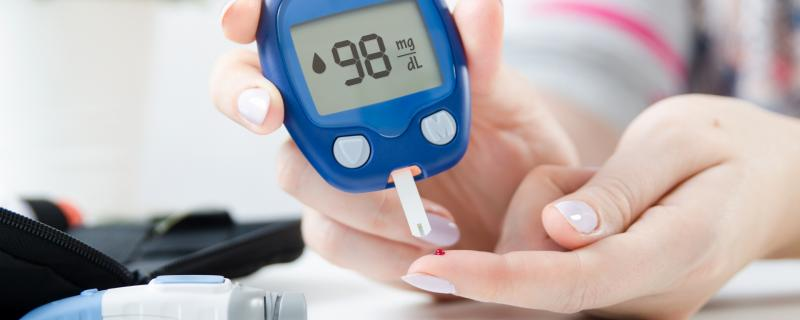 Researchers design biocompatible blood glucose detectors to be used with implantable sensors